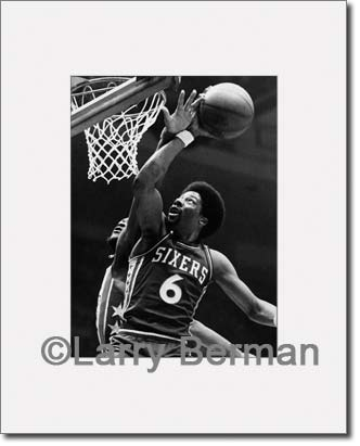 Julius Erving photo by Larry Berman